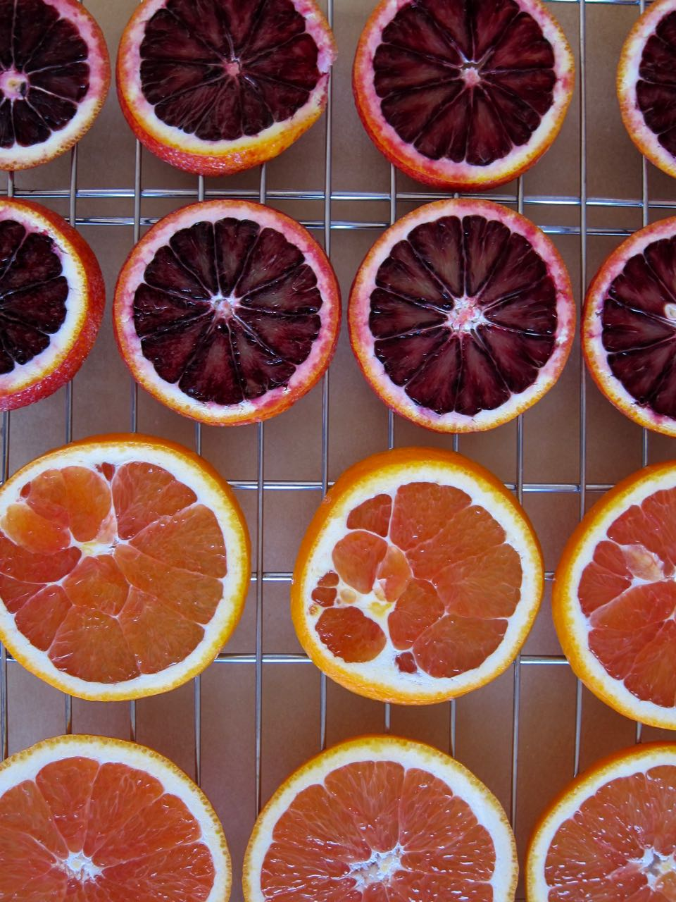 sliced blood and cara cara oranges.jpg