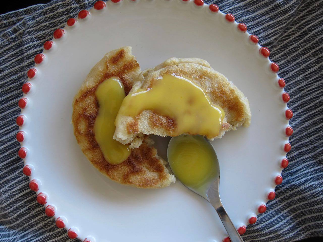 crumpet with curd