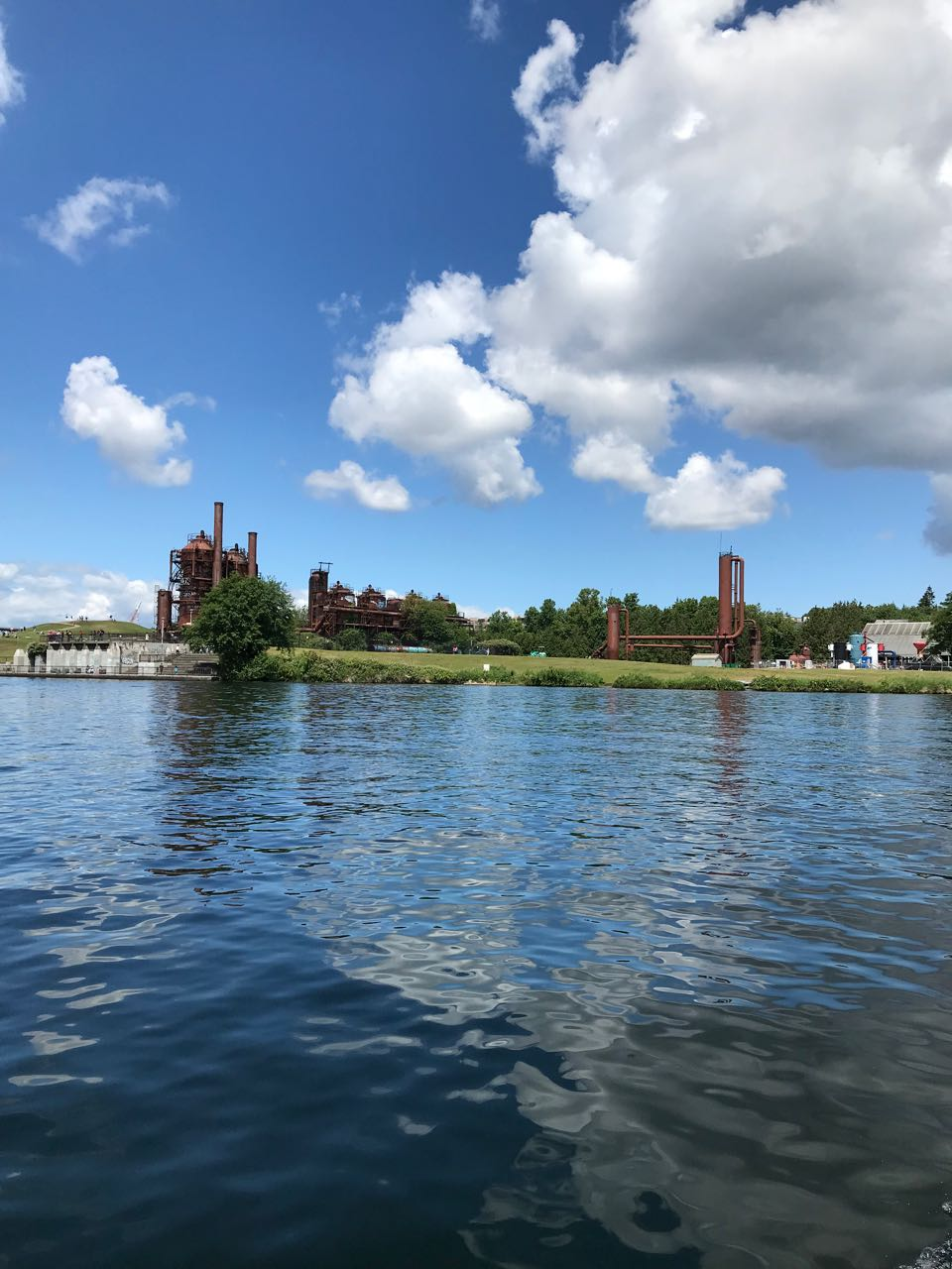 Gas Works Park From Lake Union.jpg