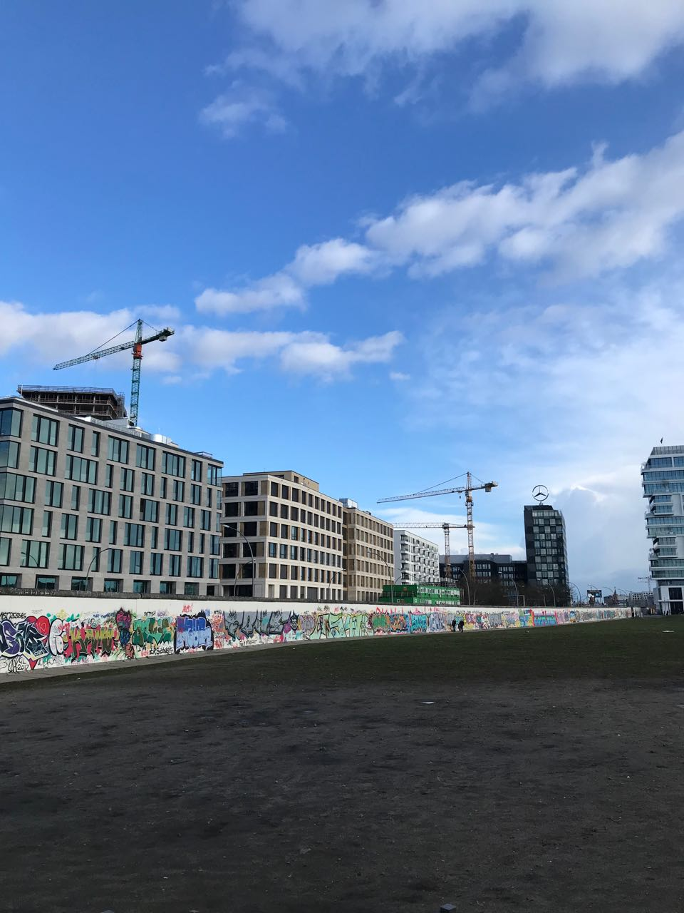Berlin wall gallery.jpg