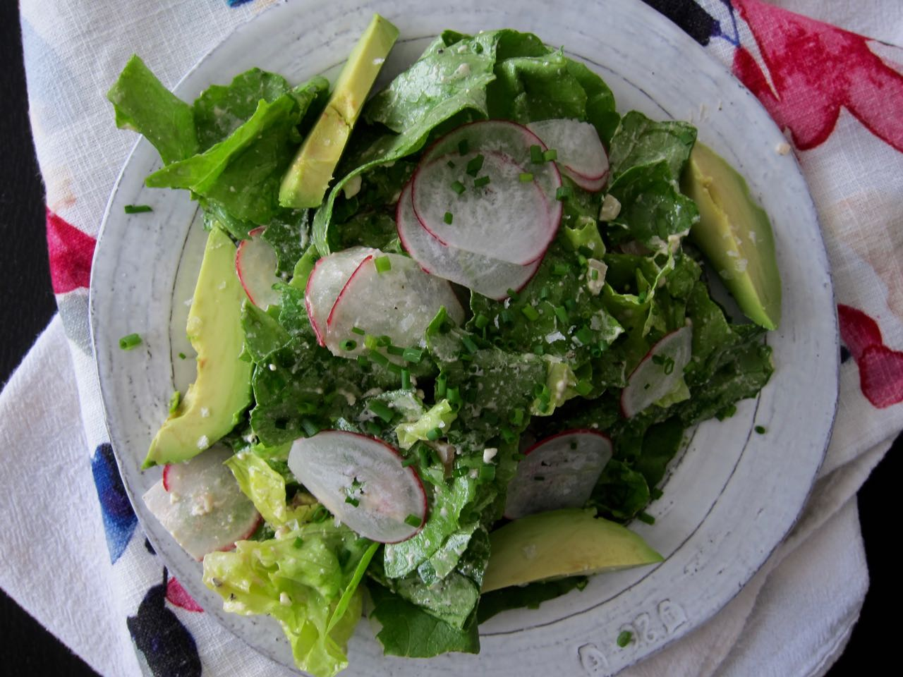 salad with radishes & chives
