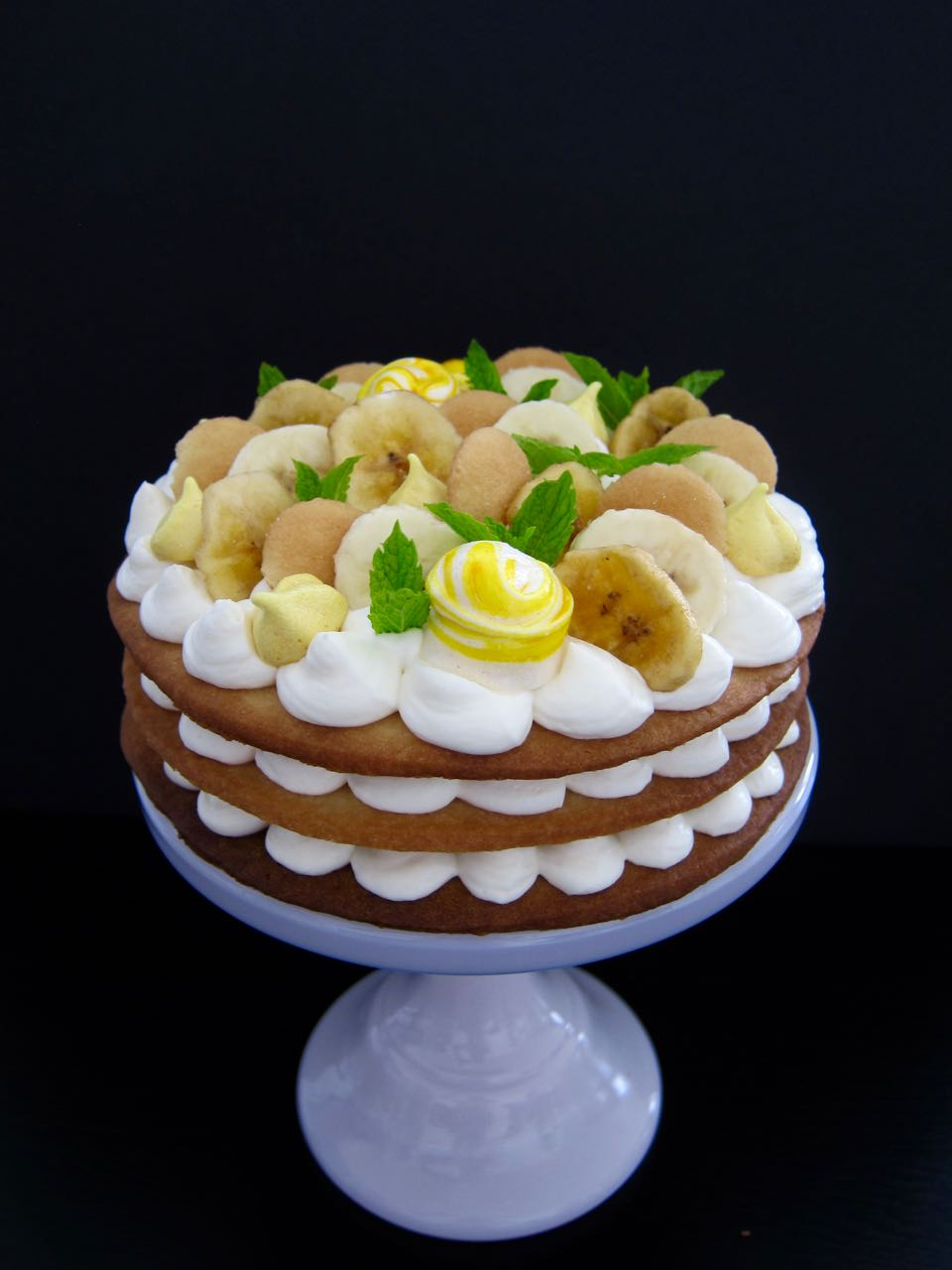 Banana Pudding Cream Tart Cake