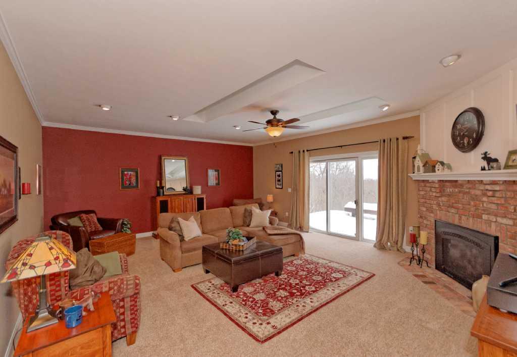 3-Living Room (1).jpg