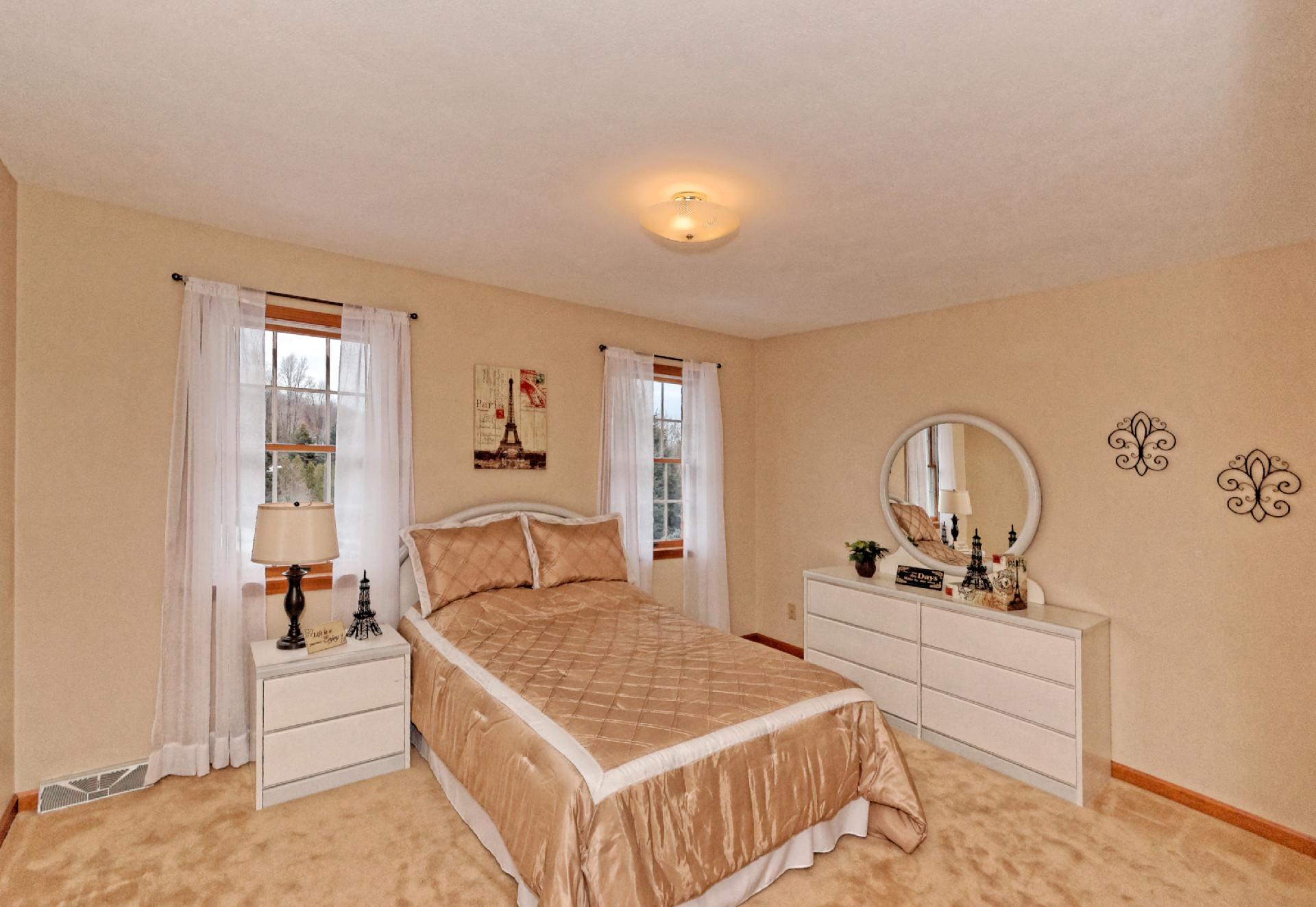 4-Bedroom (1).jpg
