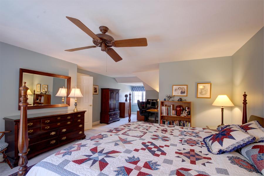 Upstairs Bedroom1_2nd Angle.jpg