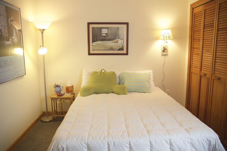 guest-bed.jpg