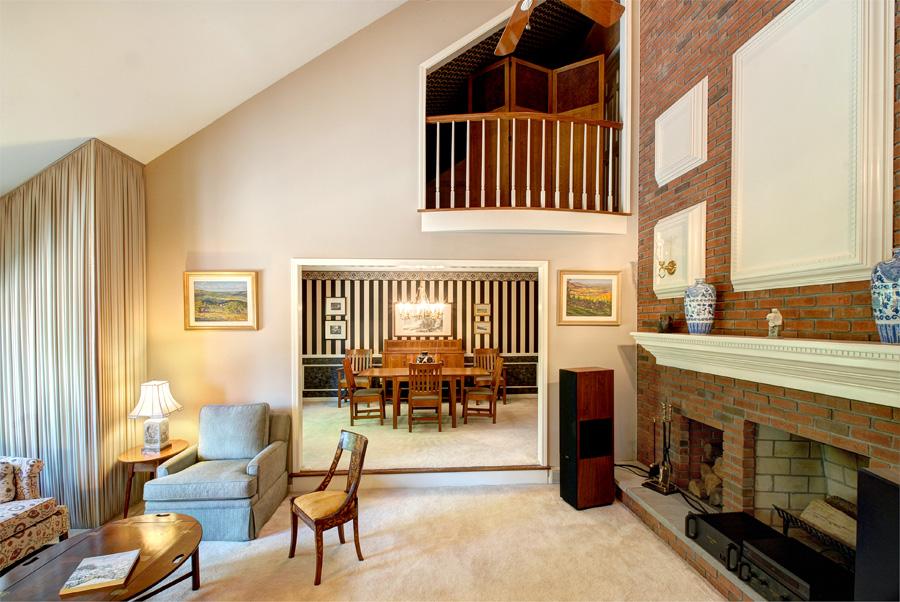 Formal Livingroom.jpg