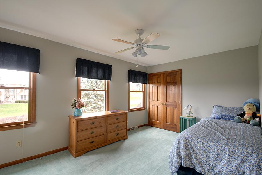 Upstairs Bedroom 1.jpg