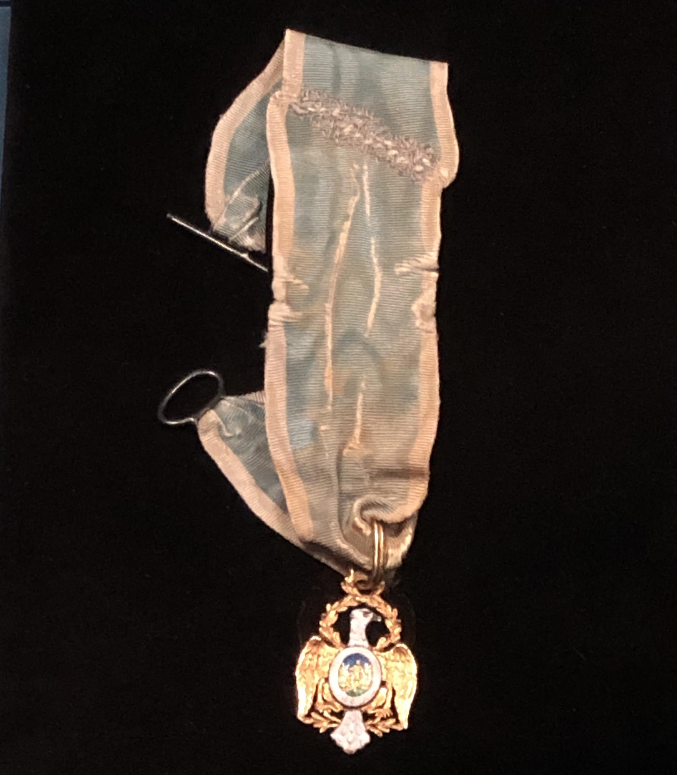 Hamilton's Cincinnati medal.JPG