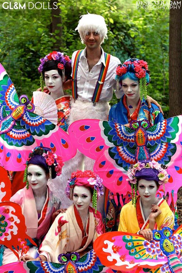 Stilts.EF.GLnM.geishas.Adam.Friedrich-web.jpg