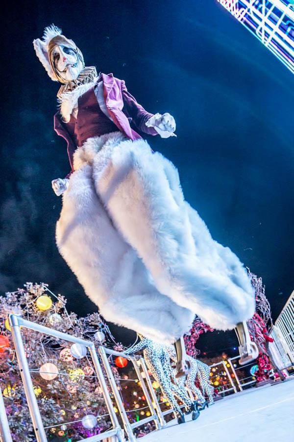 stilts.Rabbit.midair.Beyond.BSK.photo-web.jpg