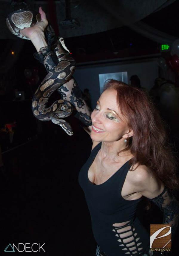 Snake.Eva.Epernay.Brent.Andeck-web.jpg