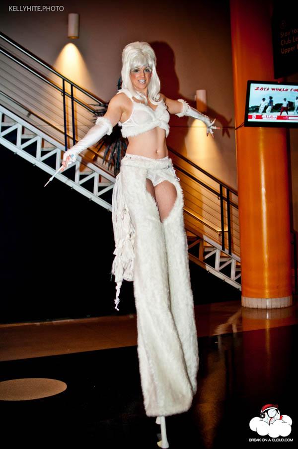 Stilter.Danielle.white.Bassnectar.NYE-web.jpg