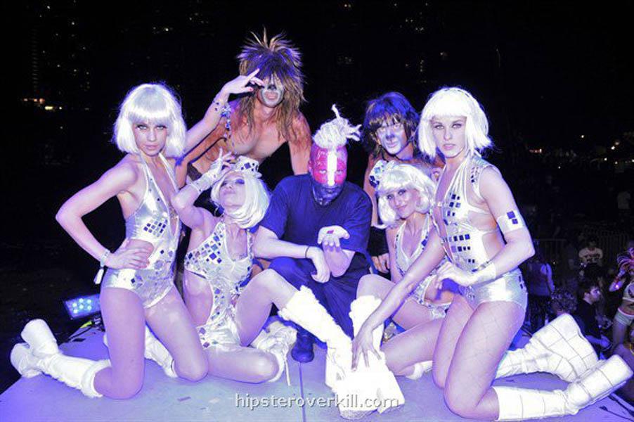 Bunny.stage.Ultra.Fest.Miami-web.jpg
