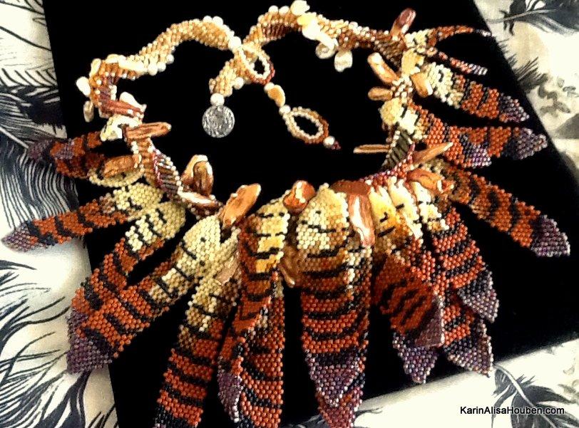 karin-alisa-houben-red-tail-hawk-nest-necklace
