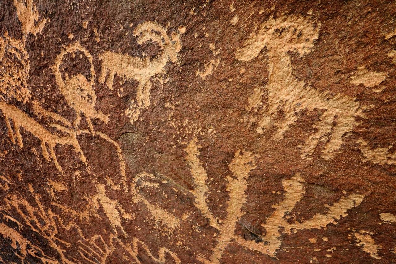 Big Dominquez Canyon Petroglyph 2 10 x 15.jpeg