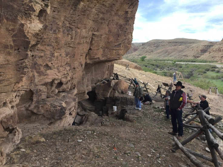 Visitors at the nearly 13,000-year-old Eagle Rock Shelter located in the Gunnison Gorge NCA!