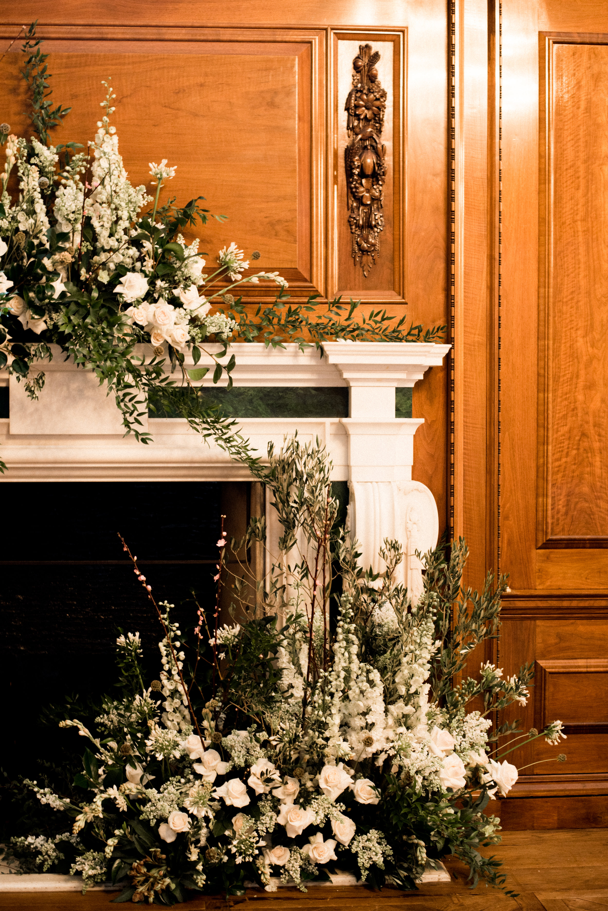 TheNed_Weddings-Grandirosa-Mantle-PhotographybyAshleeTaylor-1.jpg