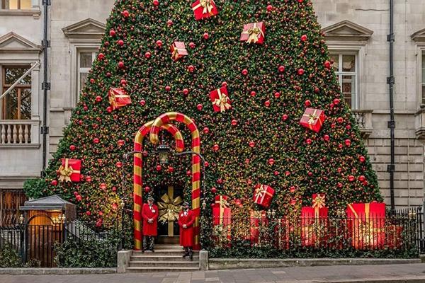 Annabels-London-Christmas3.jpg