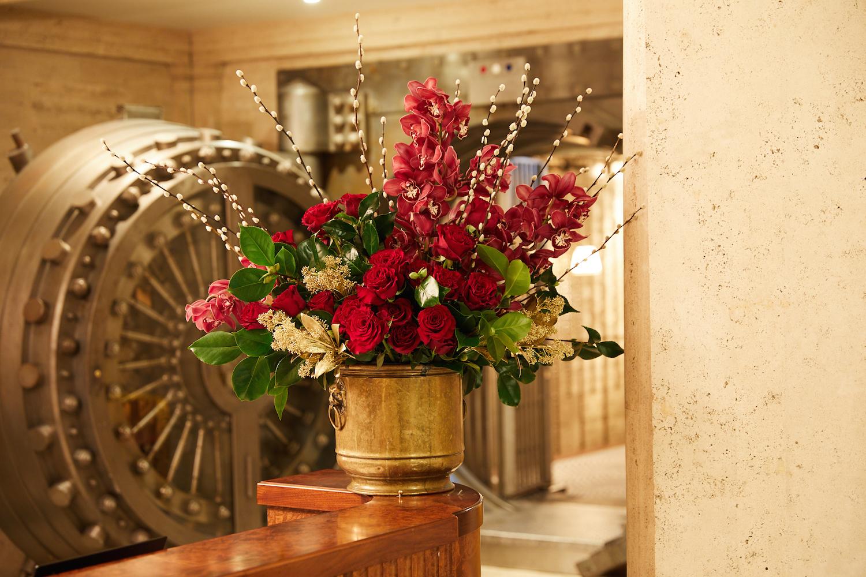 Grandirosa-Flowers-Christmas-TheNed.jpg