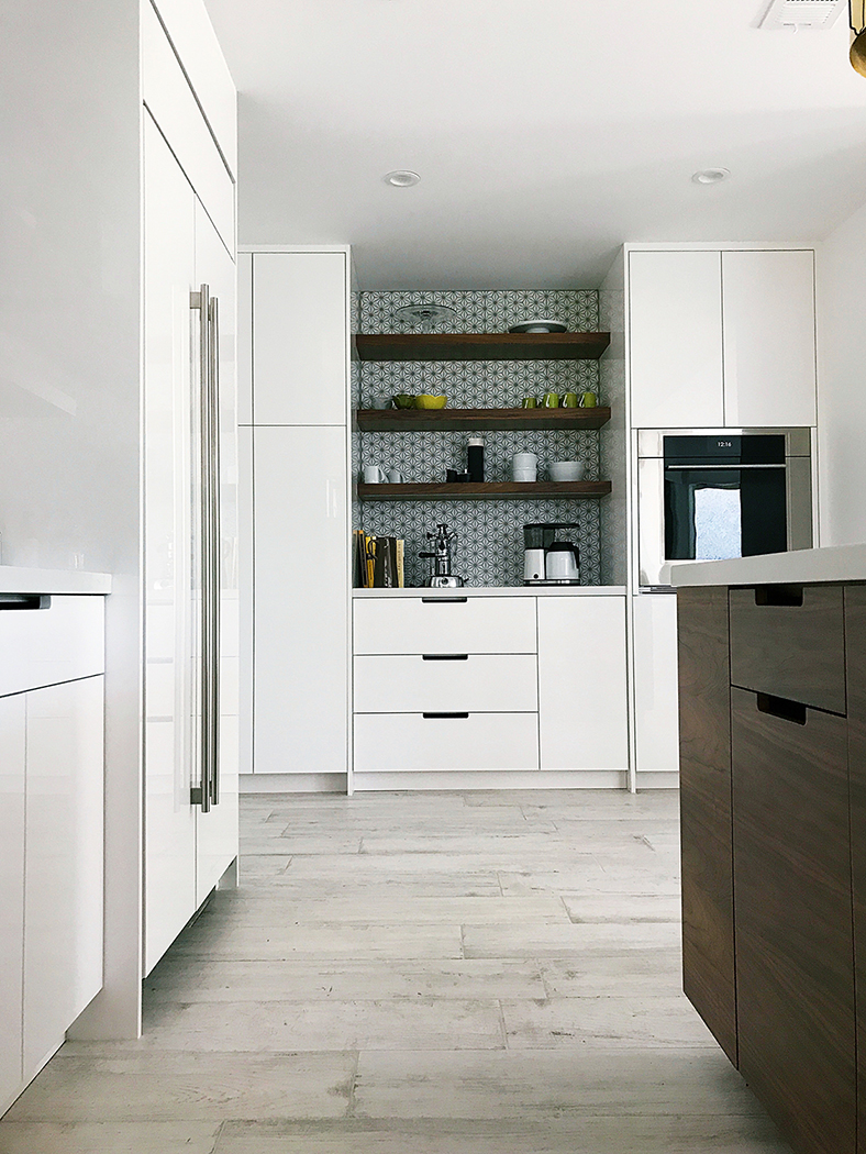 Custom High Gloss and Walnut Modern Kitchen