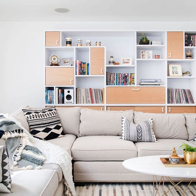 We ❤️ building cabinetry for record collections! This beauty was designed to house a turntable, speakers, a receiver, and a flip-down work surface for laying down liner notes. 📷 @caterphotography  #letsbuild #ableandbaker #custom #californialiving #interiordesign #interiors #bookshelf #vinyl #LP #recordcollector #albums #builtbyhand #handcrafted #wood #madeinLA #designbuild #sodomino #showemyourstyled #fineinteriors