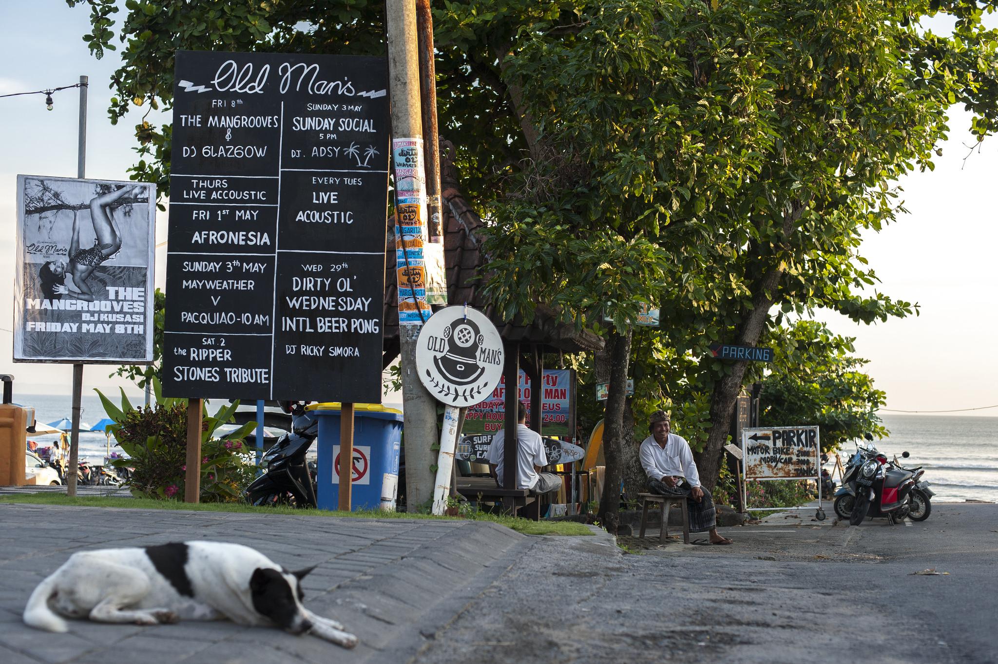 old-mans-canggu-bali-beach-bar