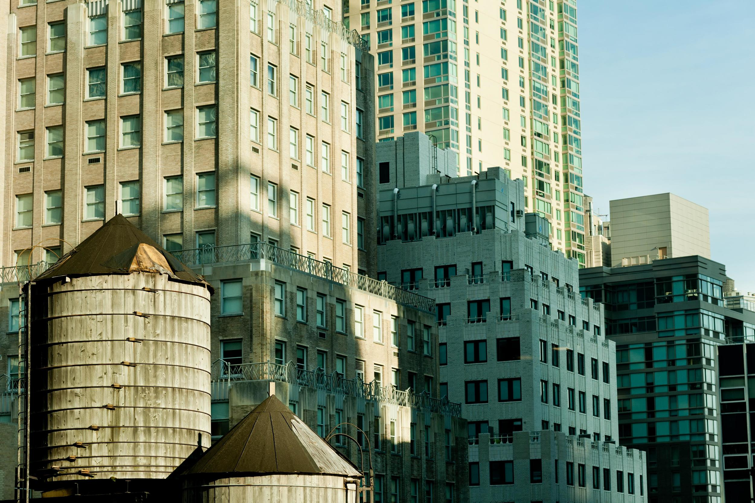 cityscape-new-york-water-tower_23453616896_o.jpg