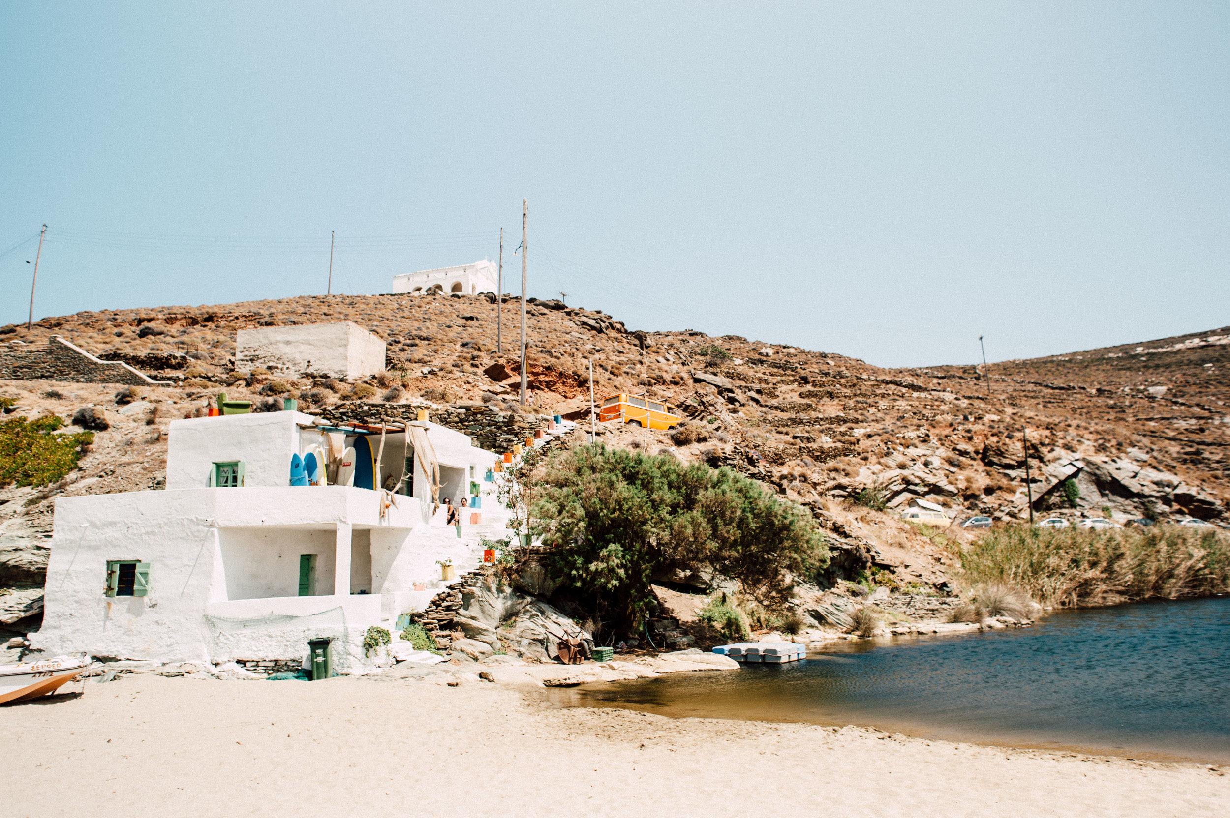 Surfing Greece - Kolimbithra Tinos
