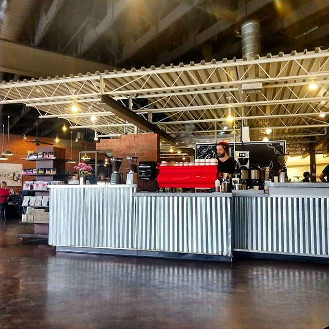 Sitting down to lunch @rinconxmarket in #tucson and enjoying one of the better cappuccinos in the last few weeks. Thanks @coffeetimewithdavid for a killer pour. #dutchmancoffee #visittucson #visitarizona #coffee #coffeetime