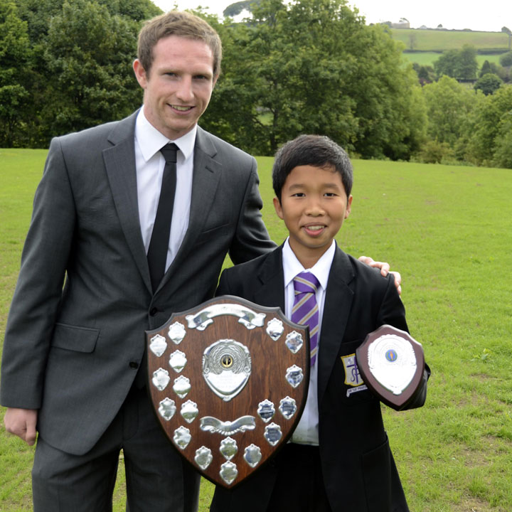 Photo: Aidan White, Leeds United FC and Republic of Ireland U21, returns to St. Mary's to present the Jamie Payne-Ross Award in 2011