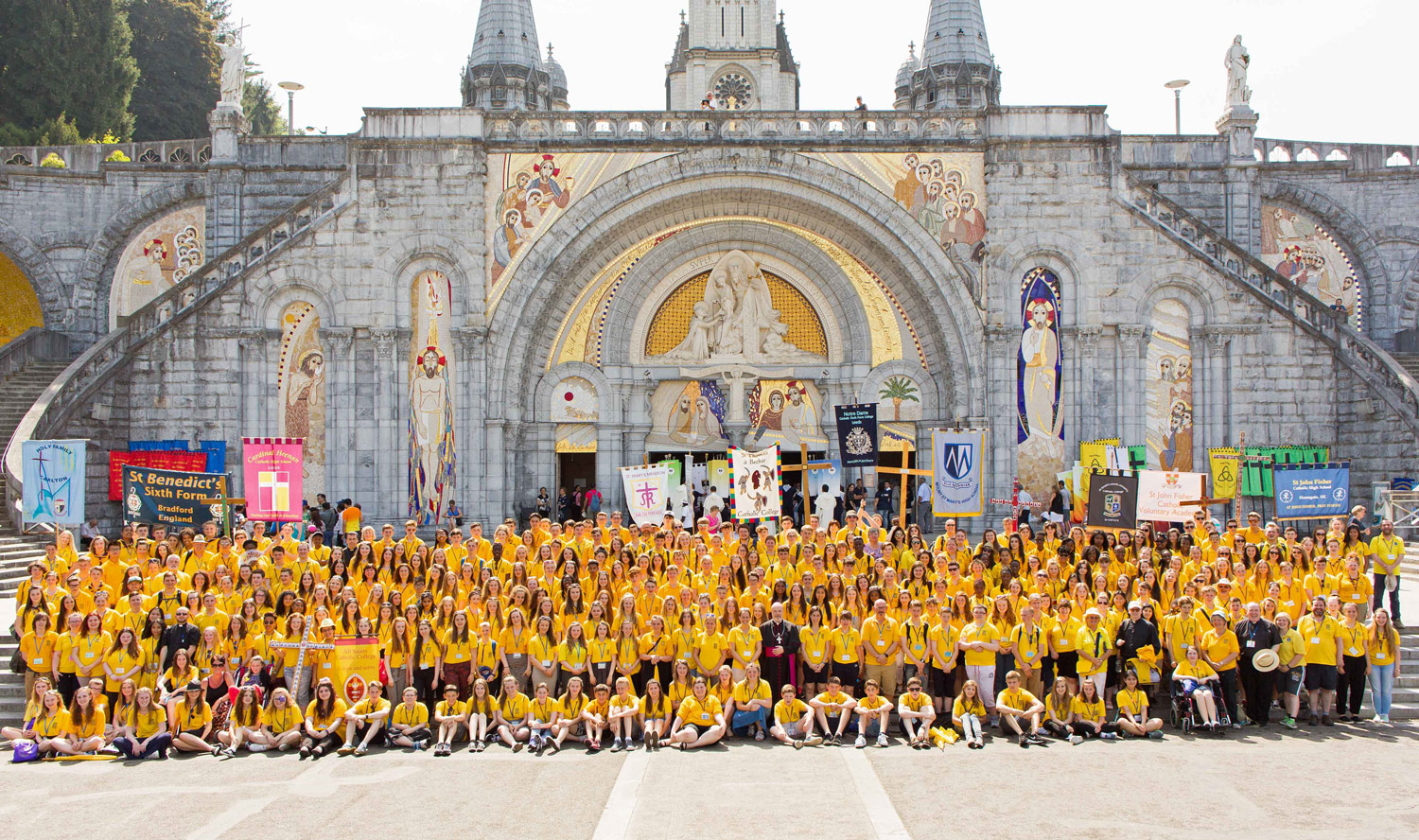 Photo: Group photo of Leeds Diocese Youth Section Lourdes 2015