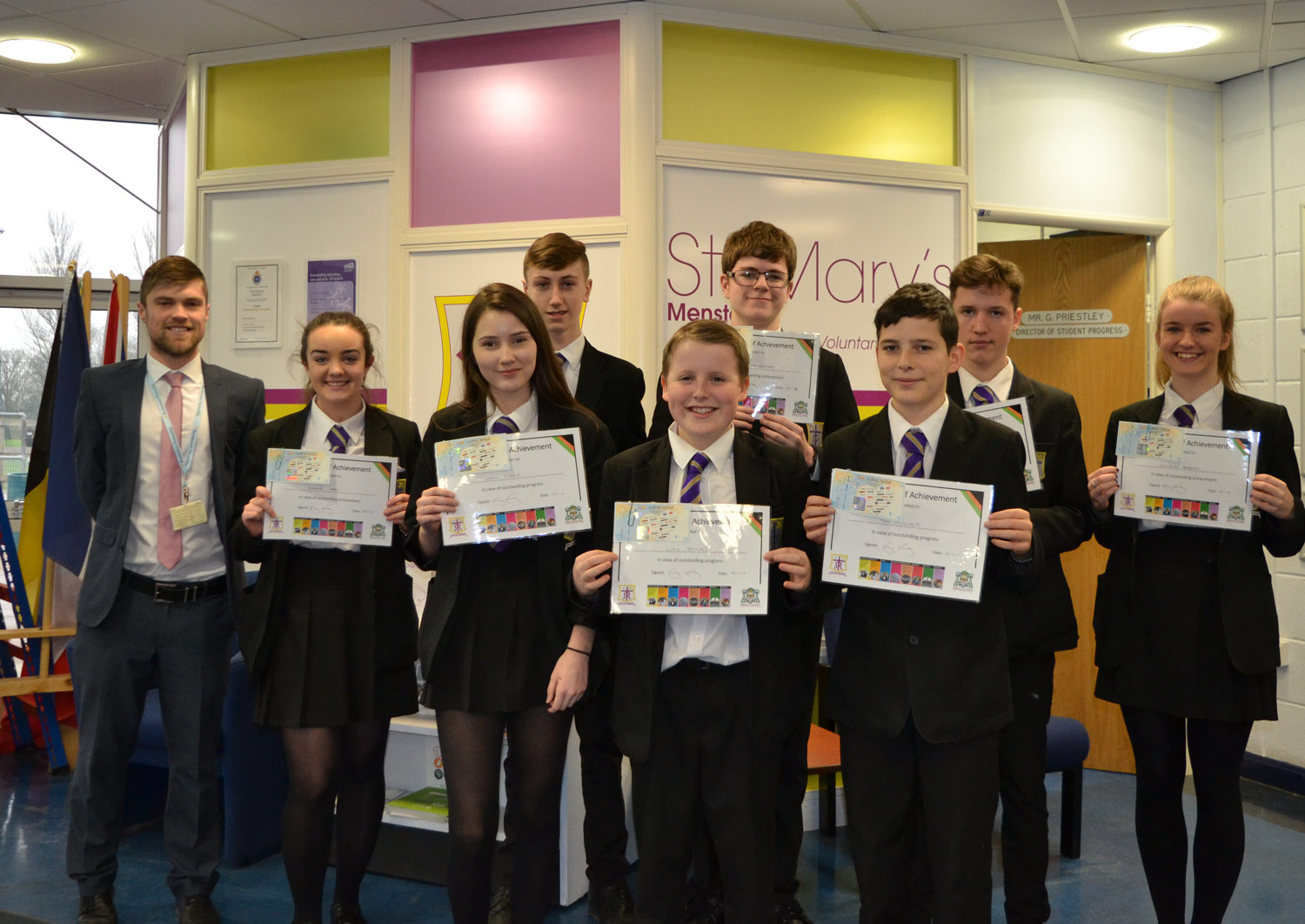 Photo: Commemorative photo of our Award winners with Mr Wilkes