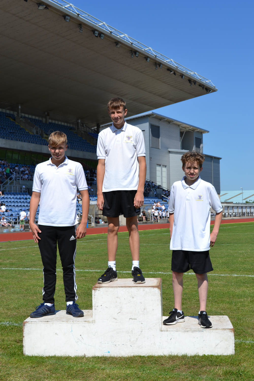 Year 8 Boys 200m