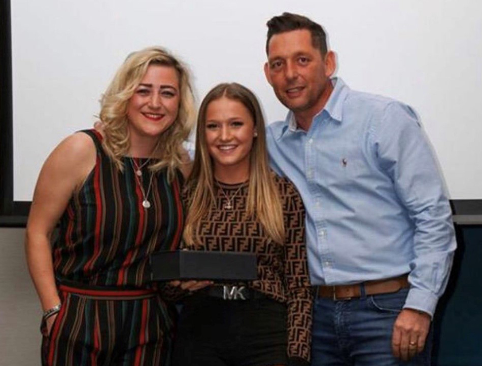 Mollie is pictured above with her award which was presented to her by Bridie Hannon, who plays for Leeds United Ladies first team and Mollie's coach, Craige Richardson.