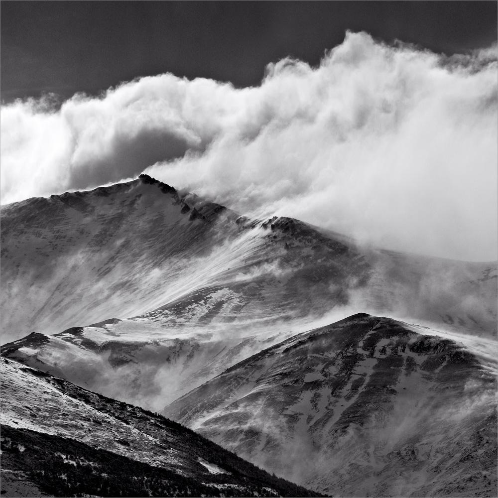 wind on the peaks