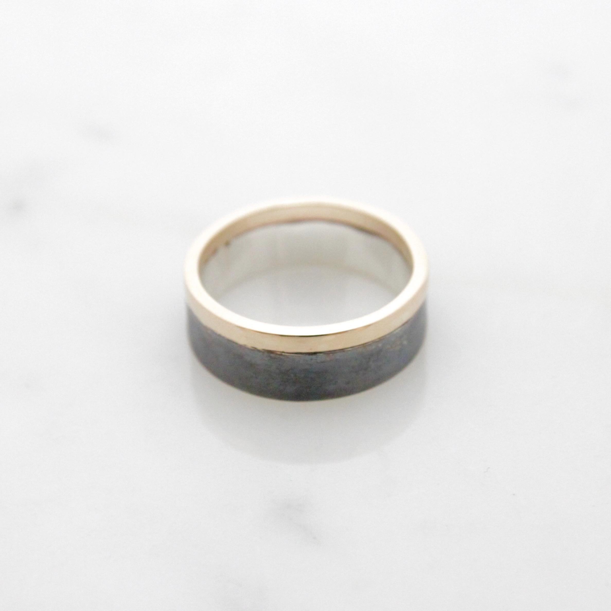 14k yellow & oxidized silver band