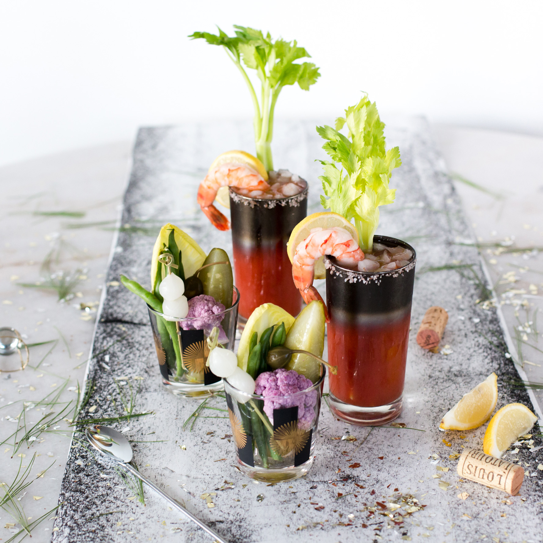 cocktail_bloodymary_garnish_1216.jpg