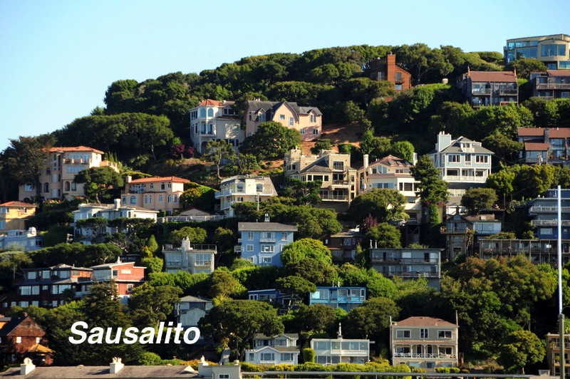 Sausalito-mansions-overlooking-the-San-Francisco-Bay.jpg