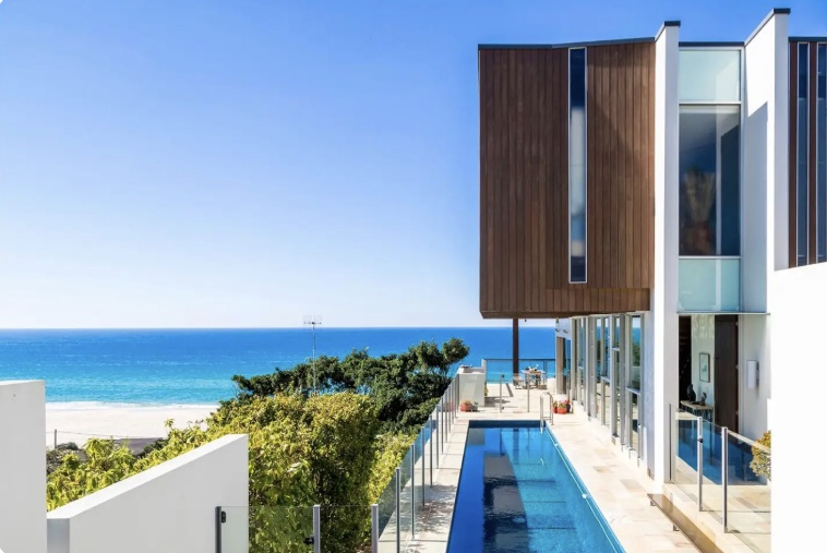 Our gorgeous home away from home that looks right over the ocean - #backtoyouretreat