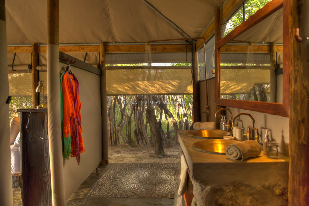 tent 8 shower toilet.jpg