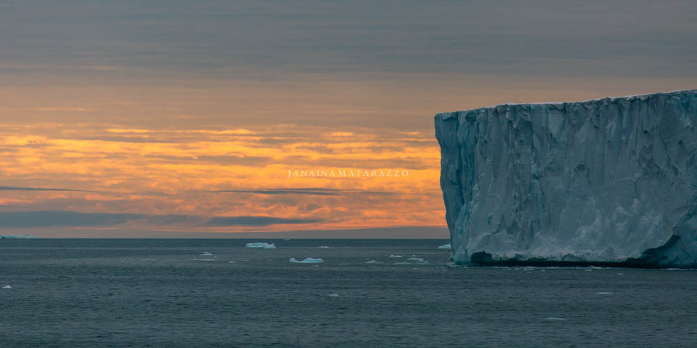arctic sunset.jpg