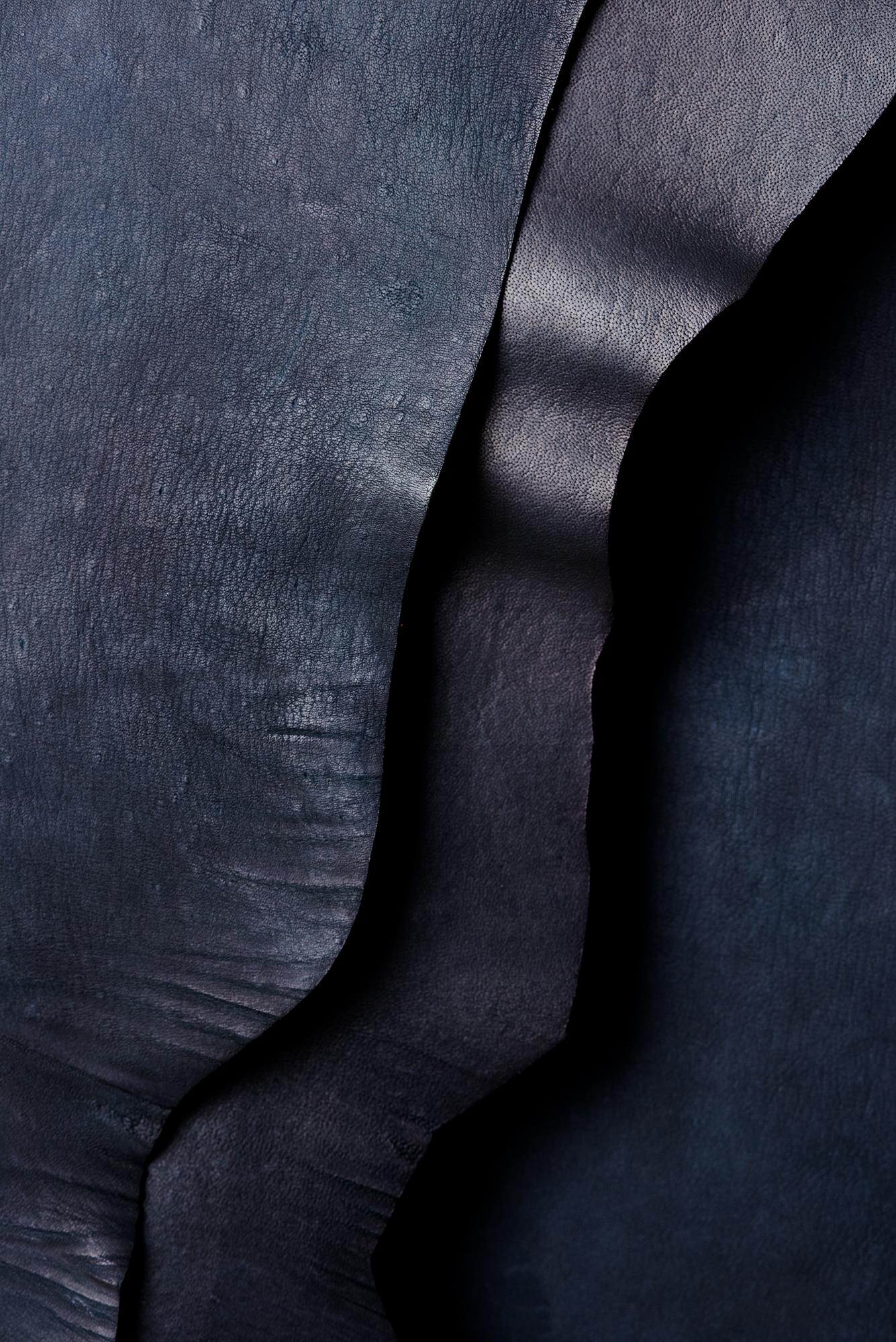 20170629_LeatherHides_Black-016.jpg