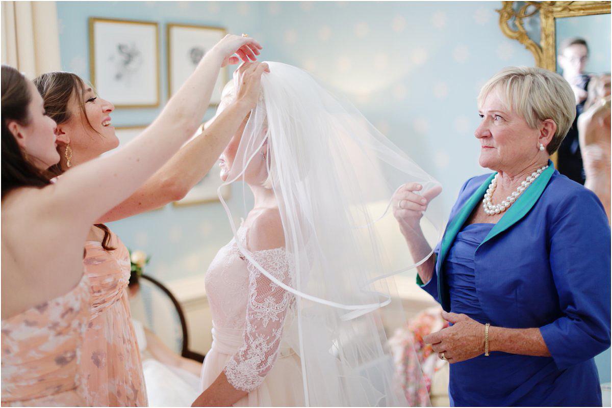 Country-Club-Virginia-Wedding-photographer-RVA-wedding07.jpg