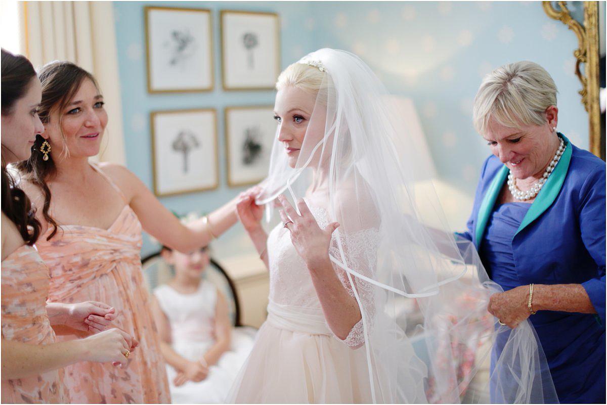 Country-Club-Virginia-Wedding-photographer-RVA-wedding08.jpg