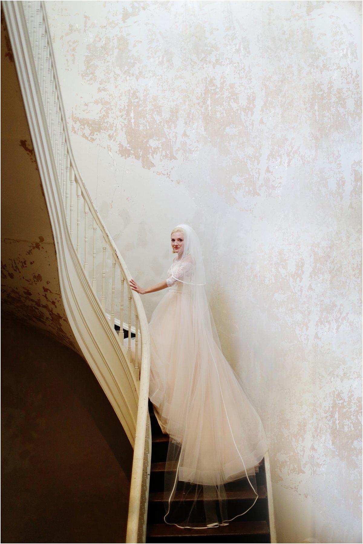 Country-Club-Virginia-Wedding-photographer-RVA-wedding12.jpg