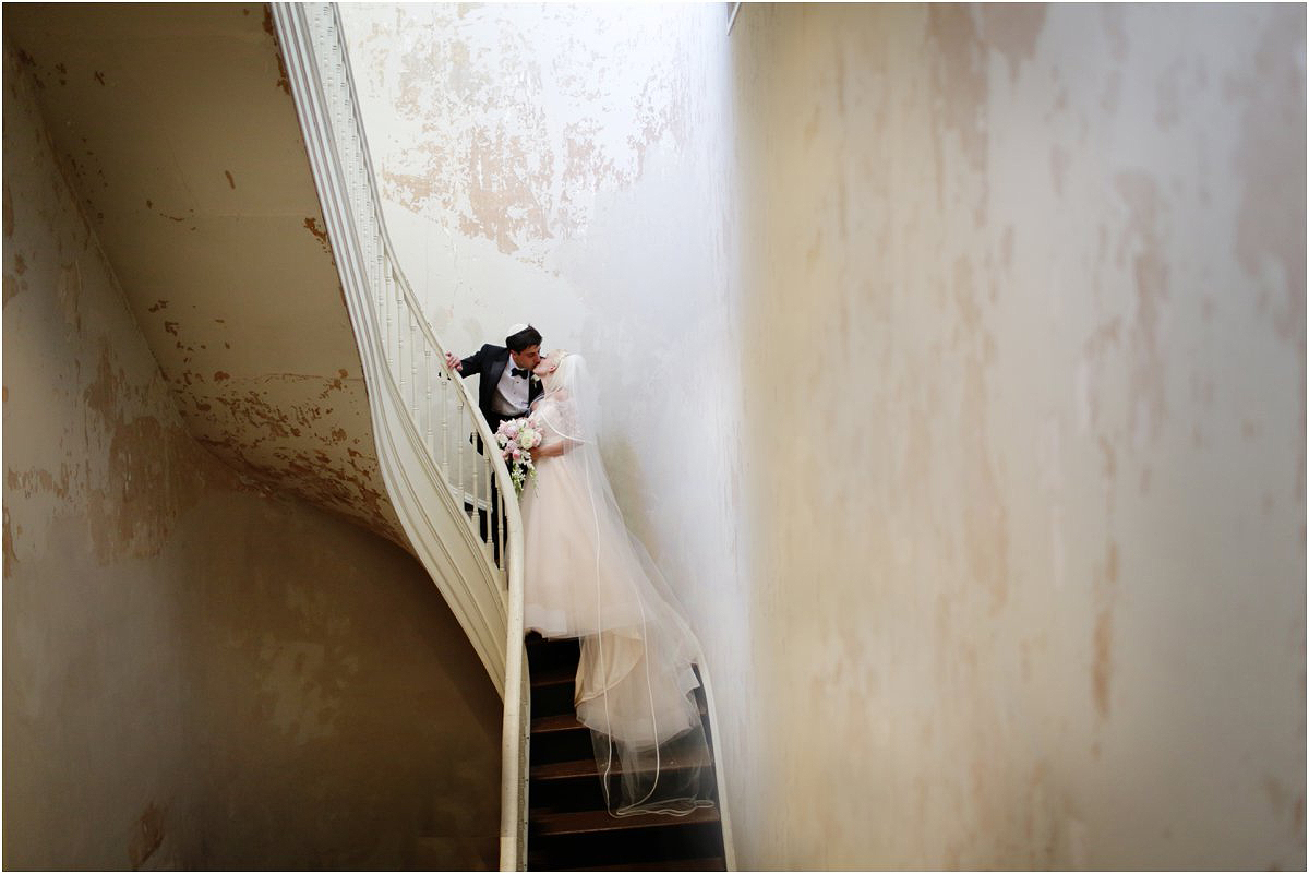Country-Club-Virginia-Wedding-photographer-RVA-wedding22.jpg