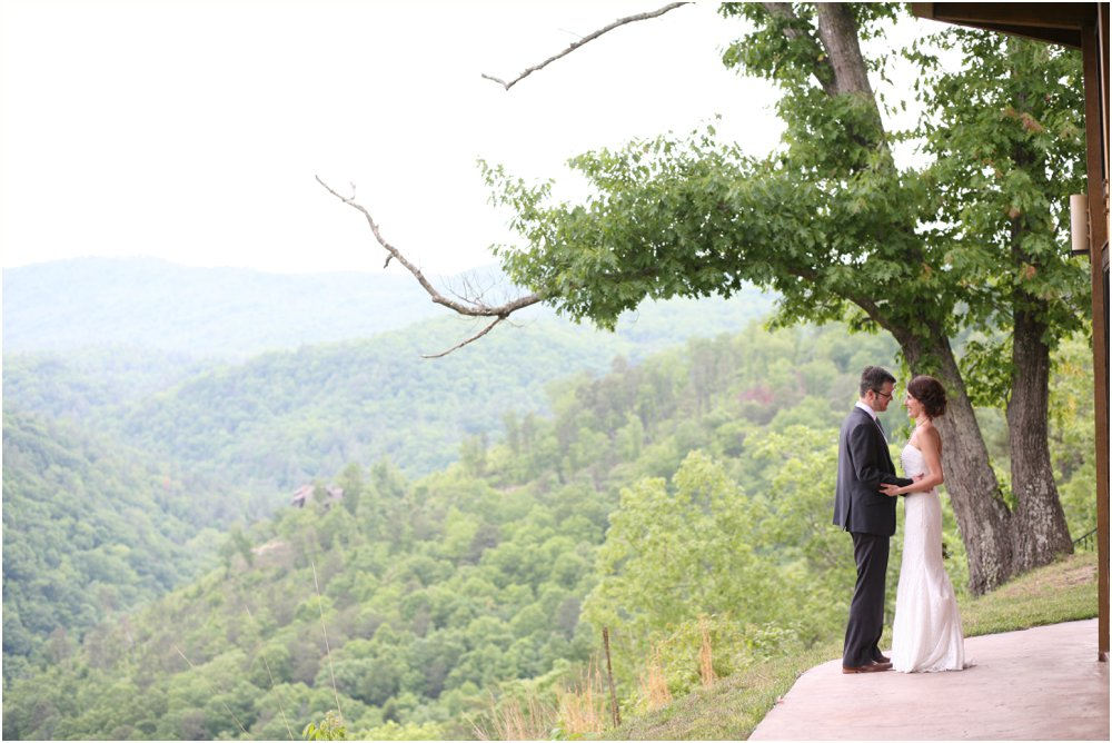 asheville-wedding-photography-french-broad-river-theuer41.jpg