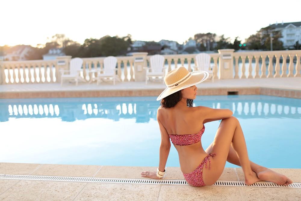 poolside-wedding-virginia-beach-honeymoon