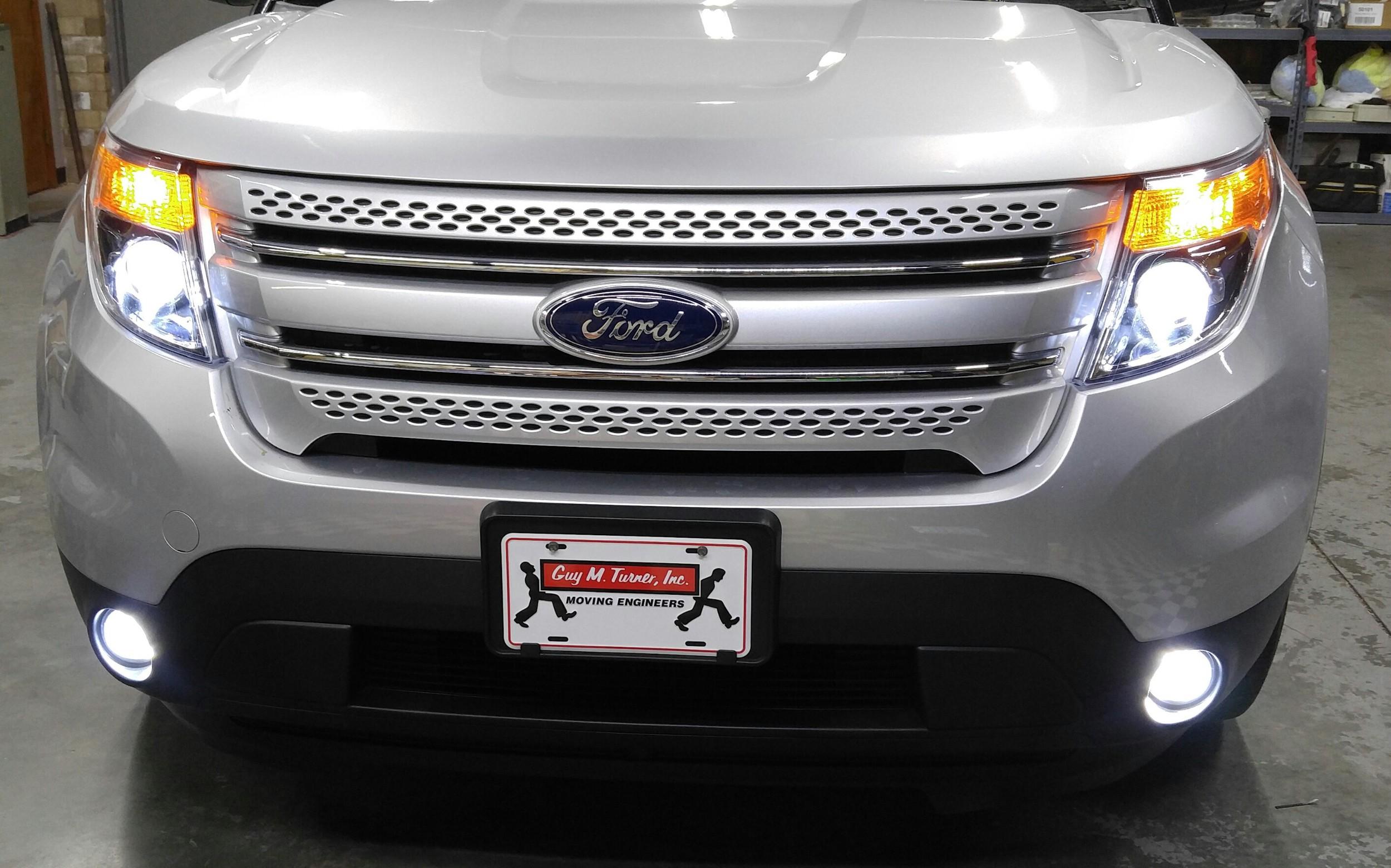 15 Ford Explorer.jpg